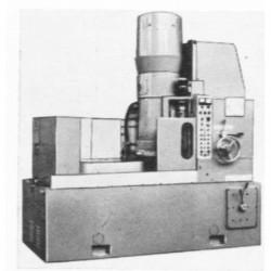 stanok-ploskoshlifovalnij-s-kruglim-vidvizhnim-elektromagnitnim-stolom-3k754vf2