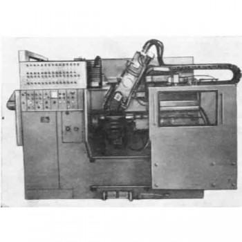 poluavtomat-tokarnij-centrovoj-kopirovalnij-1e713p-rmc-1400